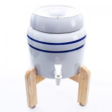 Vandens aparatas - porcelianinis vandens indas