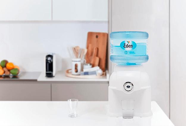 Kaip veikia vandens pristatymas į namus?